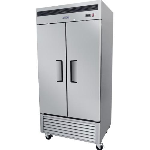 013 1 Congelador vertical con 2 puertas solidas,6 parrillas plastificadas y un volúmen interior:35 ft³