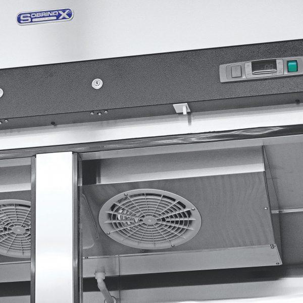 022 1 Congelador vertical con 2 puertas solidas, 6 parrillas plastificadas y un volumen interior de 47 ft³