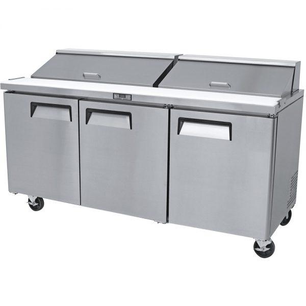 a057 Mesa Refrigerada para prepararsándwichesy ensaladas con 3 Puertas sólidas,3 Parrillas plastificadas y volumen interior: 20ft³