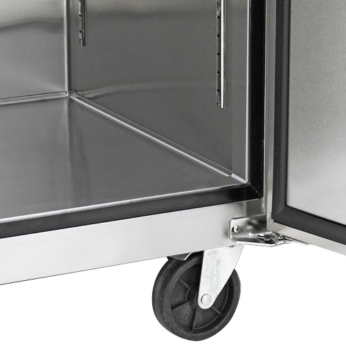 023 Refrigerador vertical de 1 puerta sólida con cerradura, 3 parrillas plastificadas y un volumen interior de 24 Pies Cúbicos