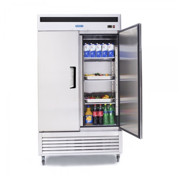 5b74953149a69 Refrigerador Profesional en Acero Inoxidable RVS-235-S. De 2 Puertas Sólidas, 6 Parrillas Plastificadas y Capacidad de 35 pies cúbicos.