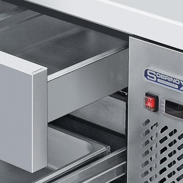 BRS 184 4C 2 Base refrigerada para colocar equipos de cocción, con 4 cajones y 2 insertos enteros cada uno.