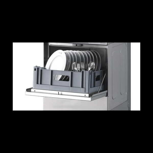 easy 500 lavavajillas 4 La Lavavajillas Industrial EASY-500 de la Serie EASY WASH ha sido diseñada para lavar, desengrasar, desinfectar y abrillantar vasos y platos con gran facilidad. El panel de control electromecánico proporciona un programa de lavado de sólo 120 segundos, pero suficiente para garantizar una eficaz limpieza de la mayor suciedad. Estos lavavajillas están diseñados para cestas de 500mmx500mm con un espacio libre de 320mm, para lavar una amplia variedad de vasos y platos. Especialmente diseñados para el uso en bares, pubs, restaurantes, etc. Accesorios suministrados: 1 cesta CP-16/18, 1 cesta CT-10 y 1 cubilete para cubiertos CU-7. Producción cestas/hora: 30 Ver más Lavavajillas Aquí