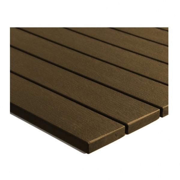 DT 06270S detalle cubierta chocolate Mesa Poly-Madera DT-06270S4-BHT Rectangular de 120x80 cms. Esta Mesa es Ideal para Exteriores en Restaurantes, Hoteles y Cafeterías. Su Cubierta es en tableado de Polimadera. Poliamida Imitación Madera sobre Marco de Aluminio por lo que la hace apta para Intemperie. Base de Acero Esmaltada de Doble Pedestal con Regatones Niveladores. Colores Disponibles: Madera Natural y Chocolate.  Este modelo en medidas de 120x80, 80x80 y 70x70 cms para Entrega Inmediata.