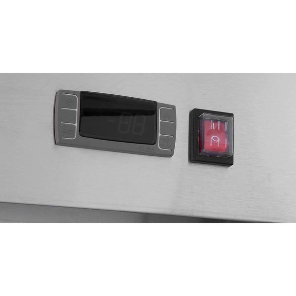 MBB69 68 backbar 2 Refrigerador Back Bar MBB59 de 2 Puertas de Cristal para trabajar con un rango de temperatura de 0°C a 10°C. Fabricado en acero inoxidable interior y exterior y con Capacidad de 852.33 Litros ( 17.3 Pies Cúbicos) Garantice un suministro constante de bebidas para los clientes con estos refrigeradores Bajo, Sobre o Contrabarra Perfecto para rápido servicio al cliente en Cantinas, Bares, Restaurantes y Antros.