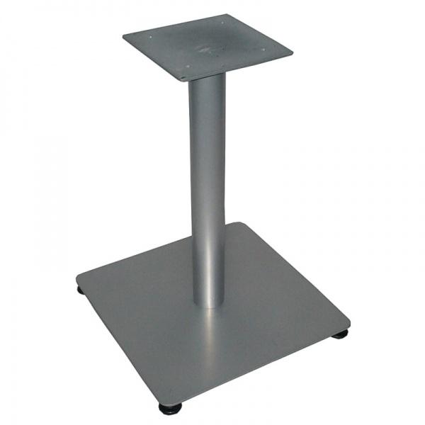 bdpc gris plata Base de Mesa Placa de Acero BDP-2 Cuadrada de 55x55 Cms para Restaurante y Cafeterías. Ideal para mesas hasta de 90 cms. Original Base de Mesa que Combinará con cualquier cubierta de Mesa Redonda o Cuadrada y para todo tipo de ambiente en su Restaurante. Fabricada en Placa de Acero Cold Rolled con Regatones Niveladores y Pedestal de Acero cal. 18. La Base de Mesa Placa de Acero BDPC también gracias a su peso generoso, le proporciona la mayor estabilidad a su mesa. Su esmalte en Poliéster Electrostático le permite adaptarse a todo ambiente, desde interiores hasta exteriores semi-cubiertos. *Usted puede solicitar esta Base como complemento para cualquiera de las Mesas mostradas en nuestro sitio. Contáctenos. * Modelo de Entrega Inmediata.