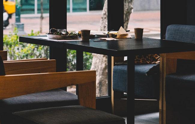 Mesas para Restaurante ambientado